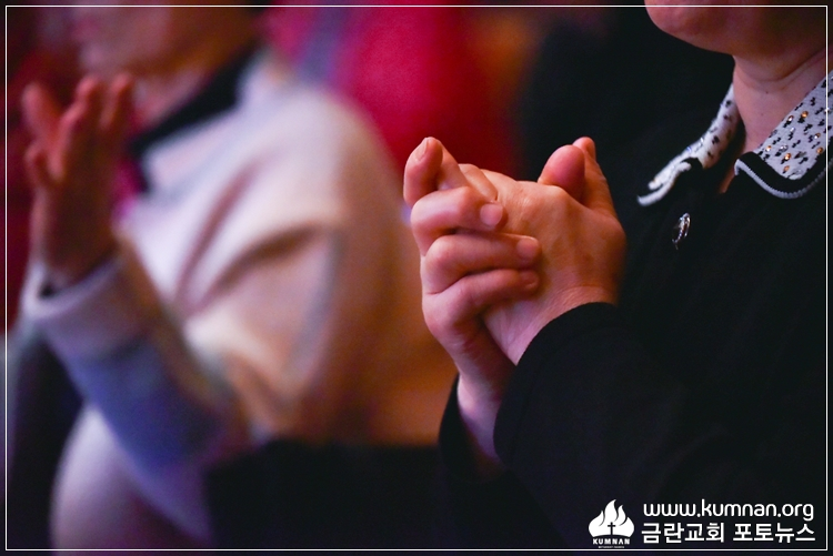 19-0407청년회헌신예배-78-2.jpg