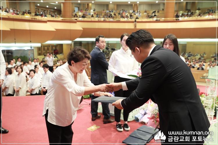 19-0512선교국헌신예배-14.JPG