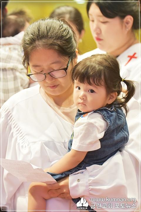 18-0902유아세례17.JPG