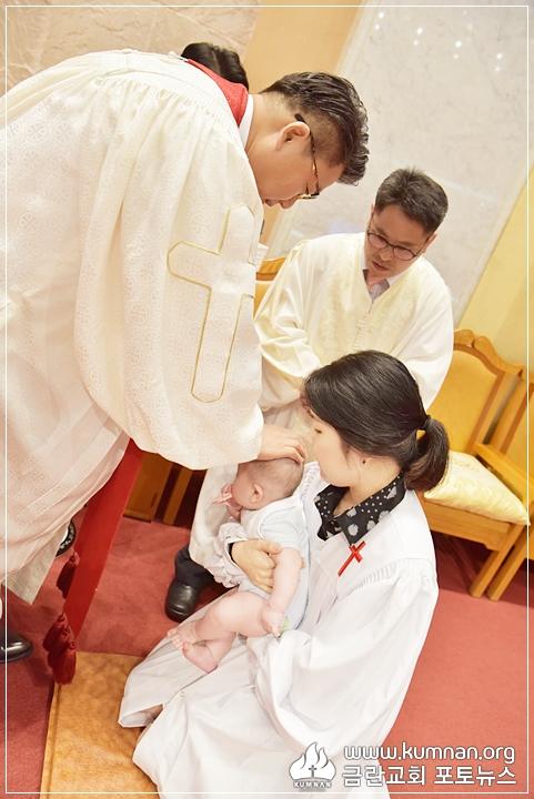 18-0902유아세례29.JPG