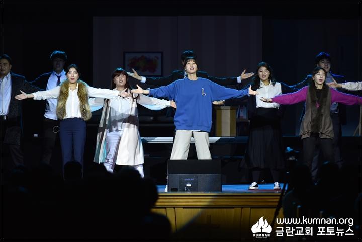 18-1225성탄연극예배47a.JPG