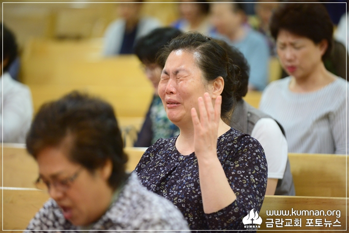 18-0610청년회헌신예배_54.JPG